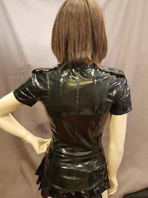 Kortärmad PVC-Skjorta med Axelklaffar