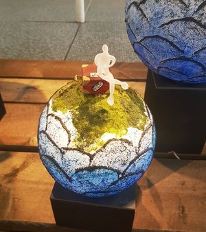 Globe Blå - Kosta Boda Unique