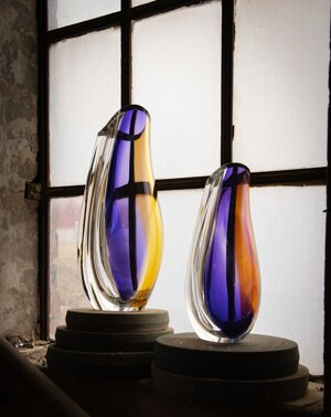 Orchid Vase Lilac Amber Small - Kosta Boda