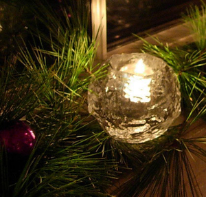 Snowball Votive Medium - Kosta Boda