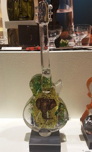 Gitarr Elefant African Dreams - Kosta Boda