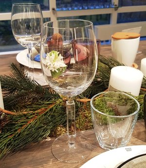 Unique White Wine Glass - Orrefors