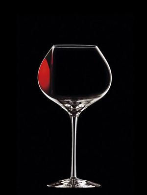 Difference Mature Red Wine Glass - Orrefors