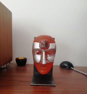 Big Brains Look In Orange with Metal tripod - Kosta Boda