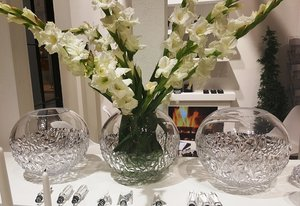 Carat Globe Vase Large Limited