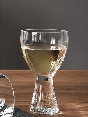 Limelight Wine Glass 2-pack - Kosta Boda