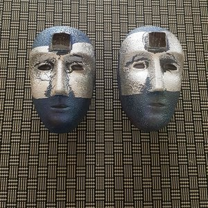 Big Brains Look In Blue/Silver - Kosta Boda