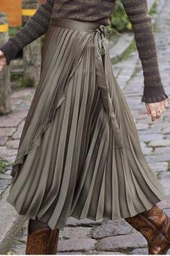 Ritt Plisse Skirt