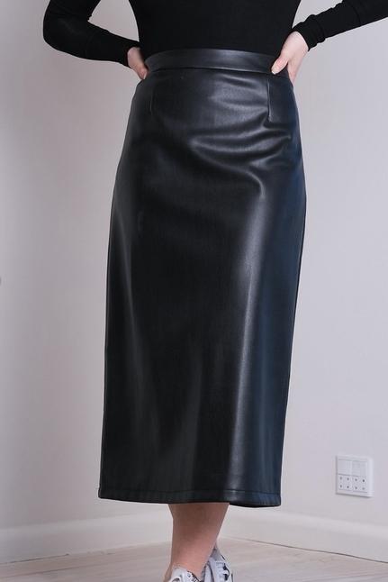 Oswa Faux Skirt