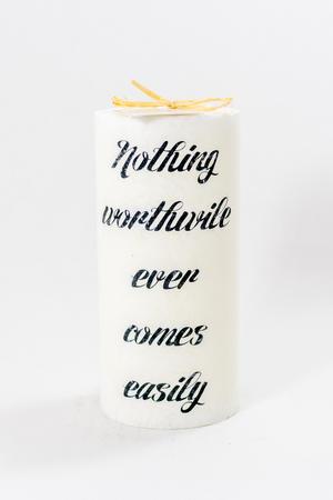 Doftljus Ord cylinderljus stearin Nothing worthwile White/Morning mist 70x150 mm