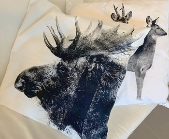 Roedeer couple - Pillow case 50x50 cm