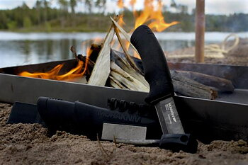 Bush Craft Survival, Black