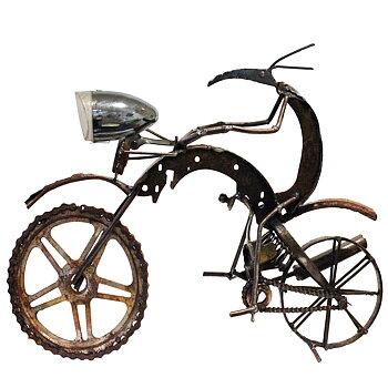Metallskulptur mc