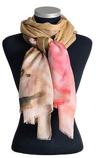 Mönstrad, vacker sjal från LindaLykke, beigerosa