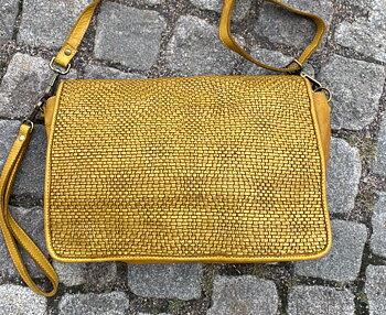 Mjuk  skinnväska i tvättat skinn  från La Via Firenze, 33x21x8,  Ottanio