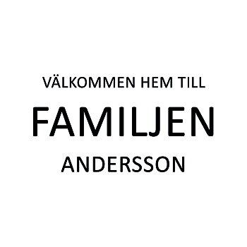 VÄLKOMMEN HEM TILL FAMILJEN 12 - VÄGGTEXT