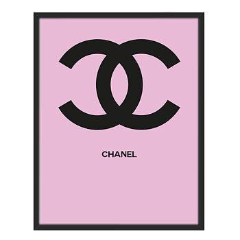 Coco Chaneltavla med rosa bakgrund