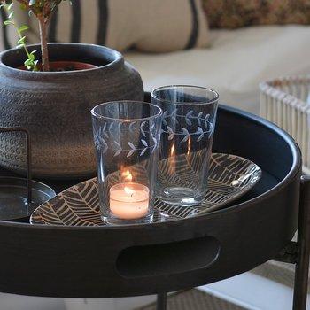 Glas med bladmönster - Ib Laursen