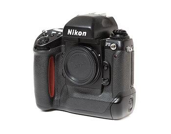 Hyra Nikon F5 kamerahus