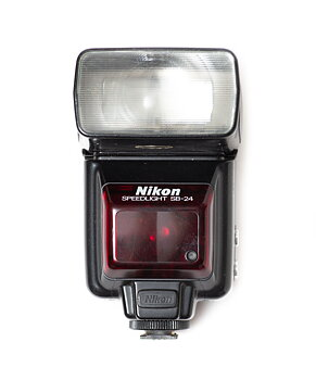 Hyra Nikon SB-24 blixt