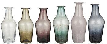 Unika vaser av återvunnet glas