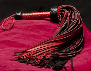 Läderpiska 144-svansad Röd/Svart Genuin