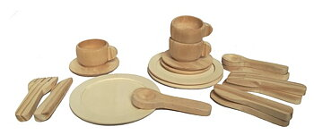 wooden dinner set