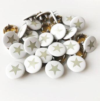 Tryckknapp Stjärna grå på vitt