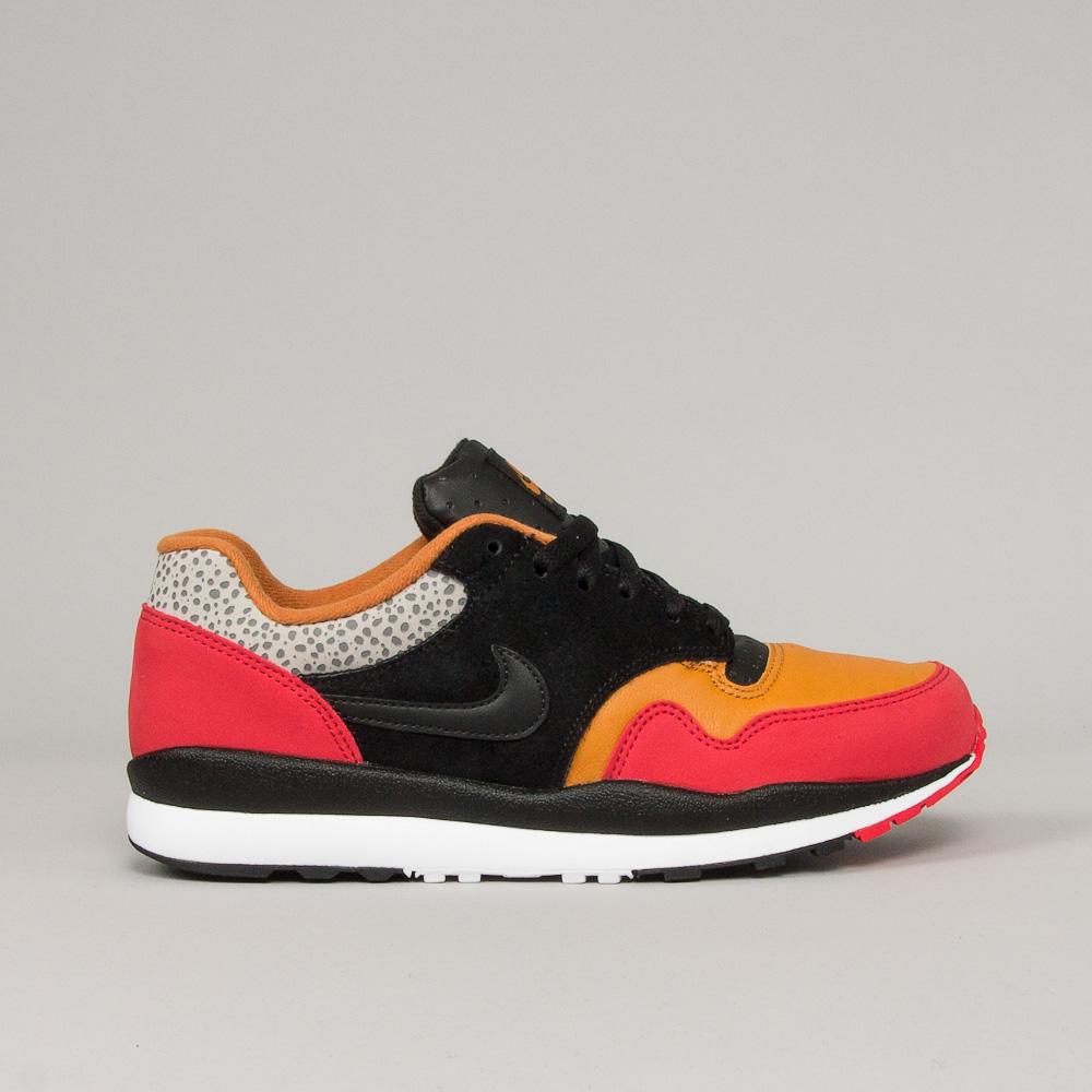 Nike Air Safari SE SP19