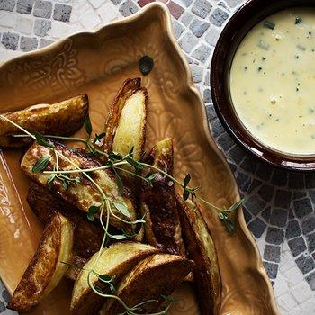 Het majonnäs och klyftpotatis