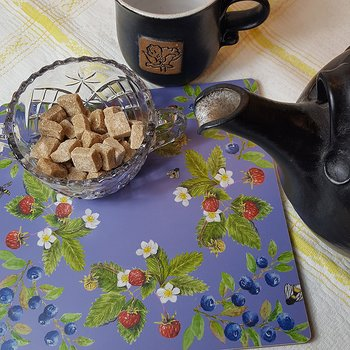 Pot coaster/Cutting board Blueberries & Milk