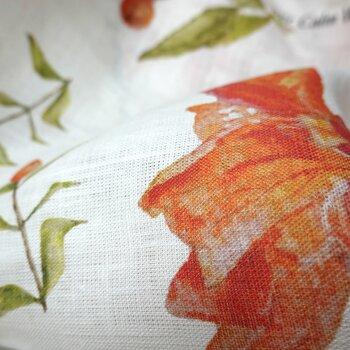 Tyg 100% Linne i Pomegranate Flower