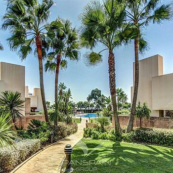 Apartment Bahia e la Plata Estepona 3 beds