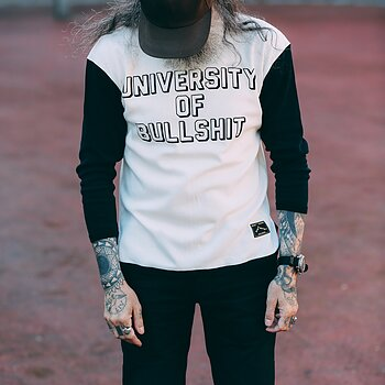Universitet Of Bullshit - The B&W Shirt