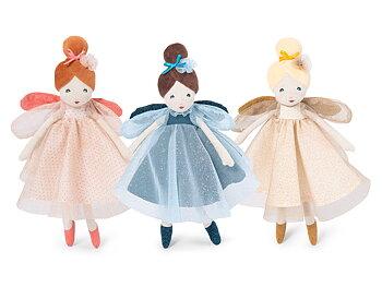 Älva med glittrande klänning