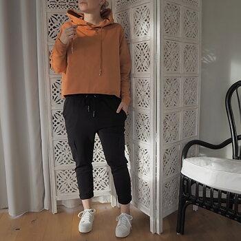 Sweatshirtbyxa SVART (flera storlekar) - Ajlajk