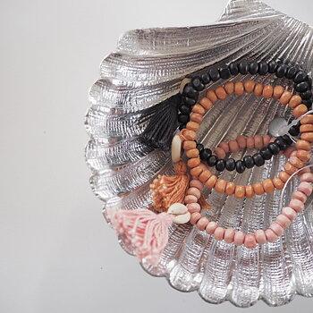 Armband med Snäcka & tofs (tre färger) - Ajlajk