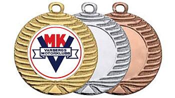 Medaljer 40 mm - Pris inklusive eget motiv i färg, medaljband och valfri text på baksidan