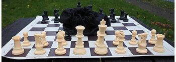 Schackpjäser plast Europeisk Tävlingsmodell ekonomi