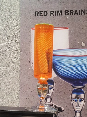 Red Rim Brains Orange Pokal Cup - Kosta Boda