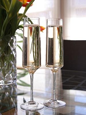 Amor Vincit Omnia Champagne Glass Flute 2-pack
