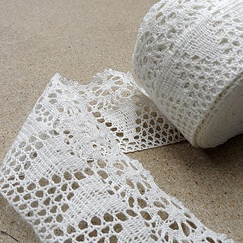 Hearth Linen lace - white 70mm