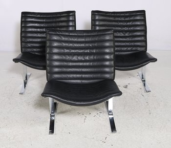 Vintage armchairs, black leather & chrome 1970s