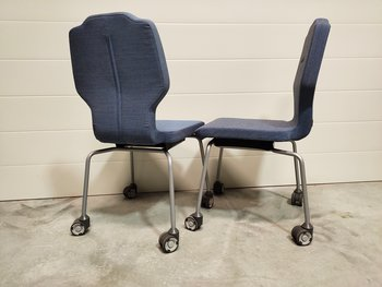 Showroom chairs, conference chairs with casters RH Visit - Blue