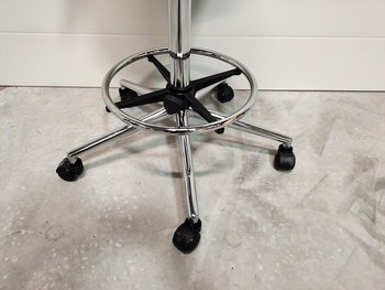 Ergonomic saddle stool with high gas lift - Saddle seat with casters
