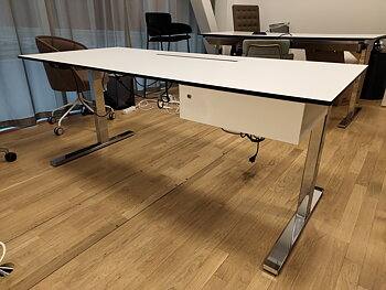 In hoogte verstelbare bureaus, Ragnars Inredningar - 180 x 80 cm