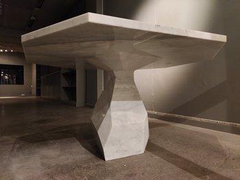 Bord, Ginger & Jagger Rock 140 cm - Carrara marmor - 350 kg