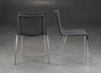 Stapelbare vergaderstoelen, GUBI Chair II - Design by Komplot
