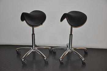 Saddle chair / work chair with caster & tiltable