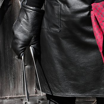 Grillvante i äkta läder svart